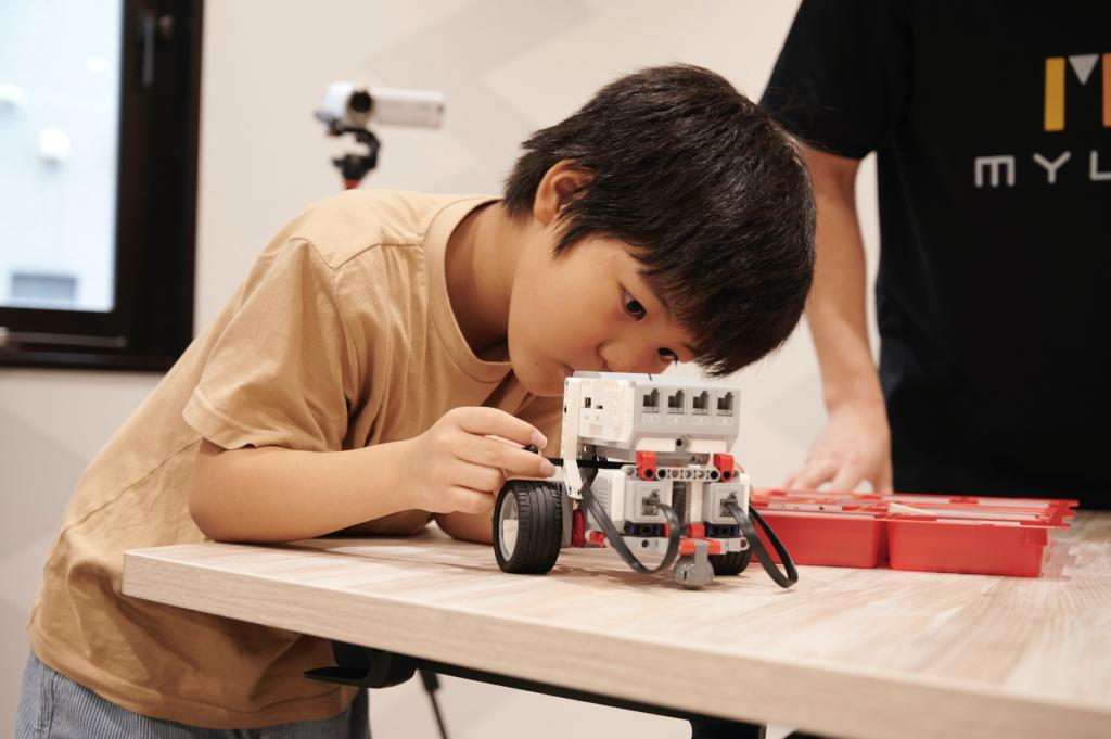 「創ることを楽しむ」子供の作りたいを大事にするから主体性を引き出す